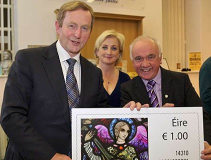 Taoiseach Enda with Bill Power Stamp at Millstreet Museum June 2015-800
